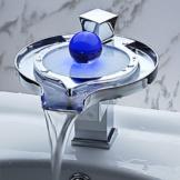 Eleoption RGB Farbwechsel LED Wasserfall Armatur Wasserhahn mit Ablaufgarnitur für Bad -